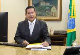 Mourão diz que decreto da posse de armas não combate a violência