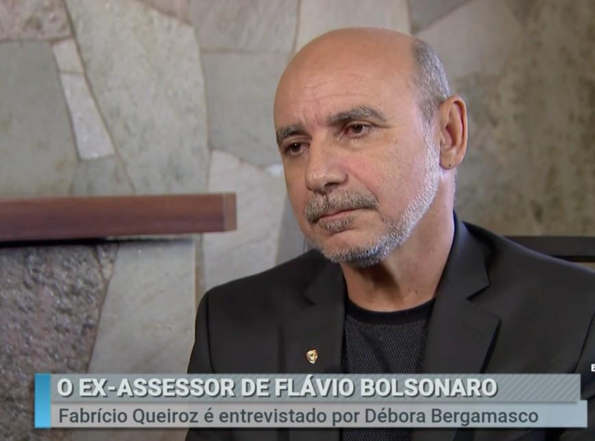 queiroz sbt 868x644 1 - Fabrício Queiroz recebe alta do hospital e família falta a depoimento