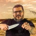 seu pereira e a faca que furou o capeta - 'EU AVISEI, EU AVISEI': Seu Pereira lança embolada criticando Bolsonaro, 'Será que pensa ou dispensa conhecimento?'