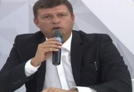 Vitor Hugo promete parcerias entre governo estadual e federal para melhorar infraestrutura na cidade de Cabedelo