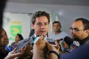 """0d45c680 25db 44a0 8c0a de55dbd1ac76 300x200 - Presidente da Famup considera que Veneziano será o """"timoneiro"""" do Pacto Federativo e do Municipalismo no Senado"""