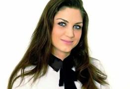 Ex-atriz pornô Cleopatra se torna candidata de partido neonazista