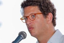 Ministro de Bolsonaro exonera paraibano de superintendência do Ibama