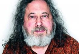 ALERTA: 'Os celulares espiam e transmitem nossas conversas, mesmo desligados', diz Richard Stallman