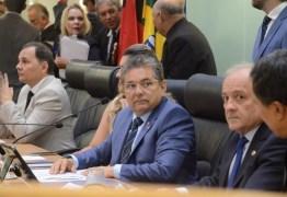 """""""É o nosso comandante"""" sentencia deputado da base referendando posição de Adriano Galdino na ALPB"""