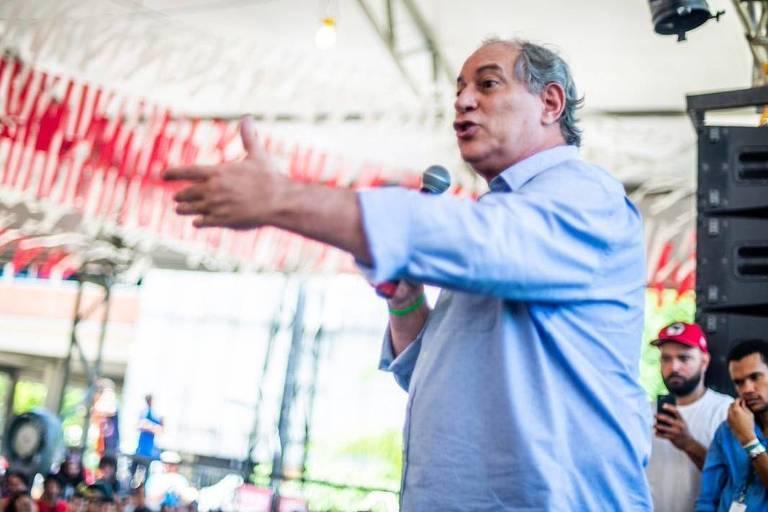 Ciro Gomes - 'O LULA TÁ PRESO, BABACA': Ciro Gomes é vaiado em evento da UNE e repete Cid Gomes; VEJA VÍDEO
