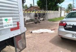 Homem é morto a tiros e facadas em comunidade de João Pessoa