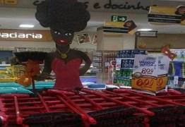 Supermercado é acusado de racismo após associar mulher negra a vassoura