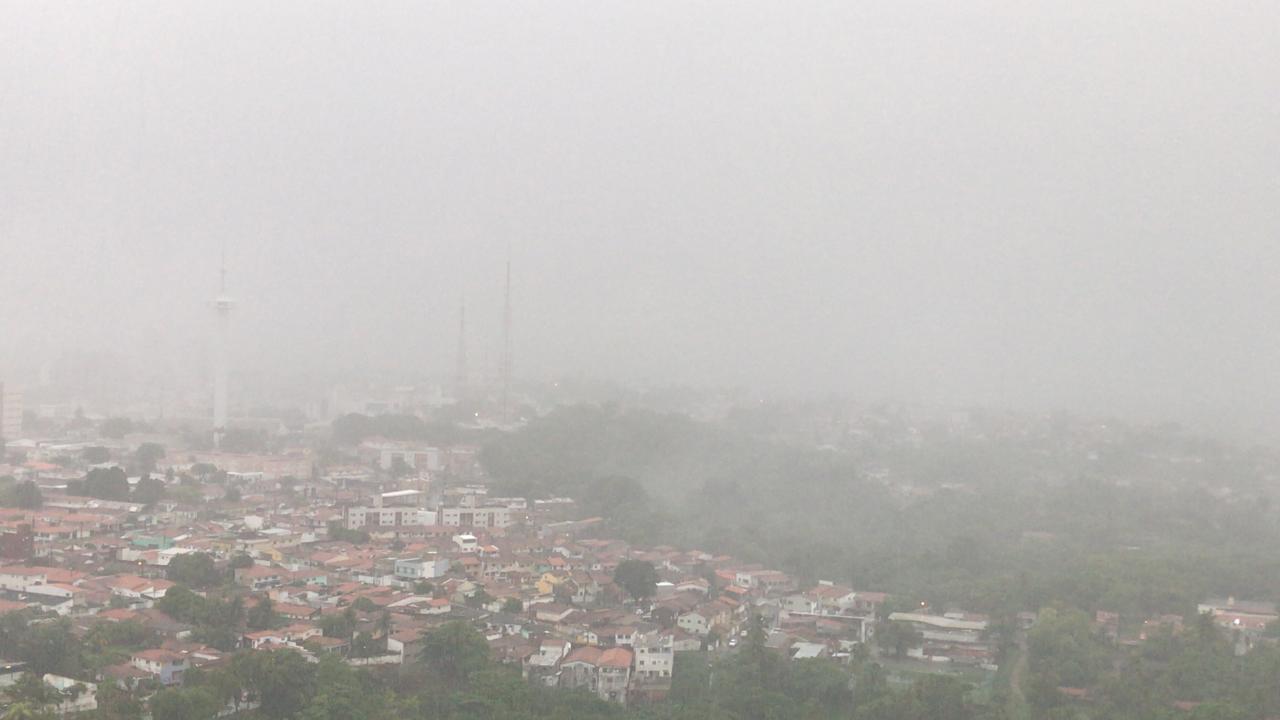 bicacentro - Fortes chuvas, relâmpagos e trovoadas são registrados na manhã desta quarta-feira na Paraíba; Veja a previsão