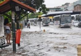 Chove mais de 70 mm em João Pessoa nas últimas 48h, diz Defesa Civil