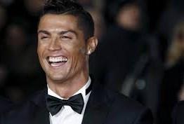 Cristiano Ronaldo completa 34 anos e Juventus comemora
