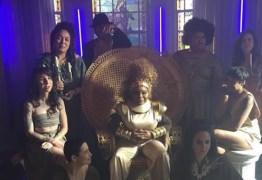 Elza Soares critica festa de diretora da Vogue: 'Felicidade às custas do constrangimento do próximo é dor'