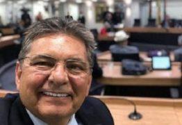 """""""Liberdade e democracia não existem sem o Parlamento"""" ressalta Adriano Galdino sobre importância da atividade legislativa"""