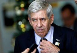 Ministro Augusto Heleno é visto como acesso confiável ao governo