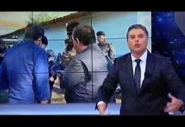 Equipe da Band recebe voz de prisão em Brumadinho