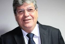 UMA MÃO AOS SUPLENTES: João Azevedo admite convidar deputados aliados para ocupar cargos no Governo