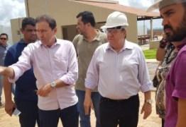 FOTOS: governador João Azevêdo inspeciona obras de mais 576 apartamentos em Santa Rita