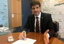 Se ficar no cargo, ministro do Turismo representará o laranjal do PSL na Esplanada – Por Leandro Colon
