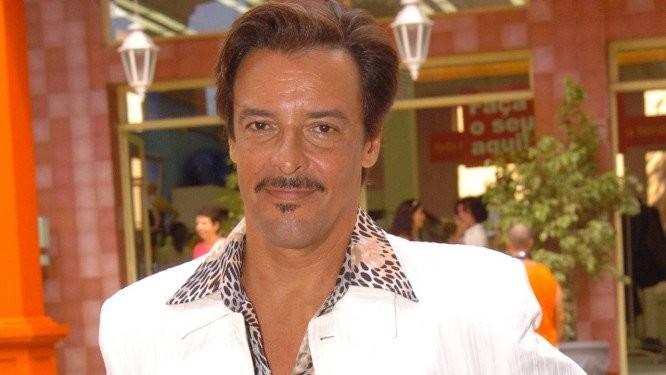 na 5c73ffb26f4e5 - Miguel Falabella anuncia morte de ator da Globo e lamenta: 'Até breve!'