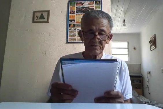 slime velhinho 300x200 - ACUSAÇÕES SÉRIAS: Idoso que viralizou com canal no YouTube é suspeito de pedofilia