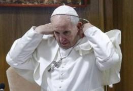 'TODO FEMINISMO ACABA SENDO UM MACHISMO DE SAIA' – Papa Francisco fala sobre presença de professora em reunião no Vaticano
