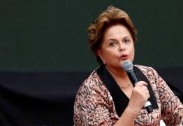 'Desconheço e não acredito muito', diz Dilma sobre suposta propina a Lula