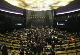 DESAPLAUDIDO: Sem votos para aprovar a Previdência, governo promete 'bônus' para agradar a novatos