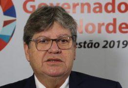João Azevedo diz que metade do 13º dos servidoresserá pago nesta quarta-feira