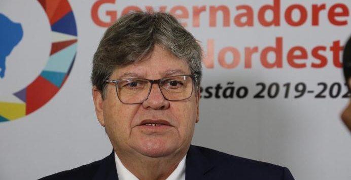 1552576722397 joao azevedo 692x355 1 - Novo superintendente da Sudema é nomeado por João Azêvedo