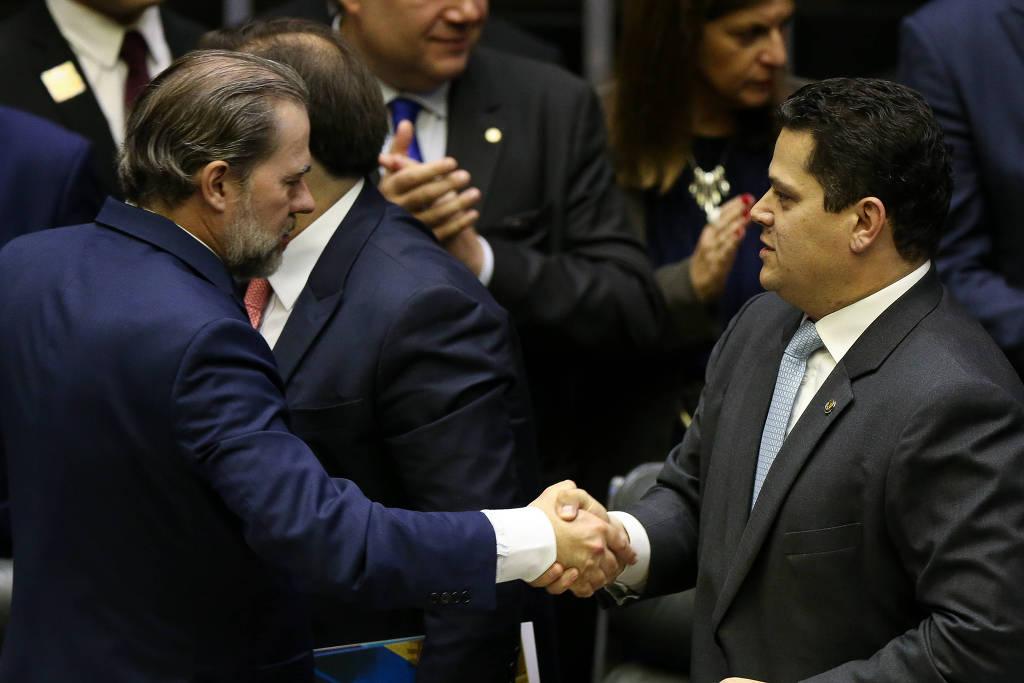 Prefeito de Cajazeiras é vitima de falso sequestro; criminosos diziam estar com a filha dele