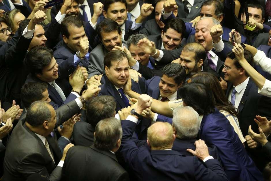2019 02 02t171847z1093393582rc1a17d53600rtrmadp3brazil politics - 'PACOTE DE BONDADES': Câmara quer anistiar partidos com má aplicação de recursos