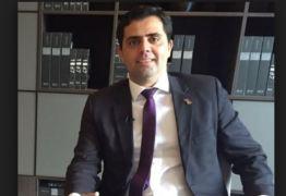 'REALE JR. QUER OS HOLOFOTES': advogado paraibano afirma que 'não há base para pedido de impeachment de Bolsonaro'