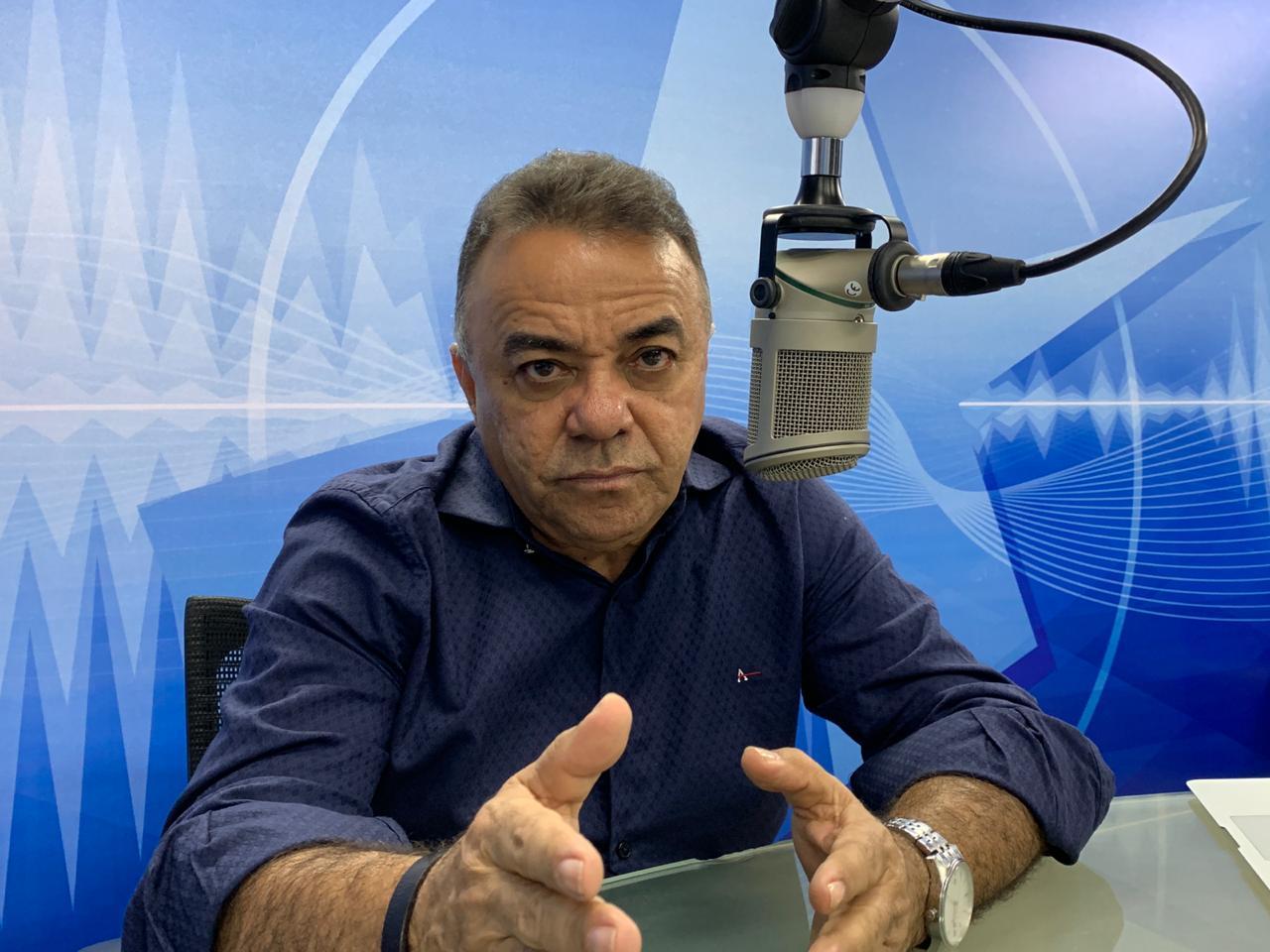 GUTEMBERG CARDOSO - O EMBATE ENTRE A NOVA E A VELHA POLÍTICA: Rodrigo Maia quer cargos em troca da Reforma da Previdência - por Gutemberg Cardoso
