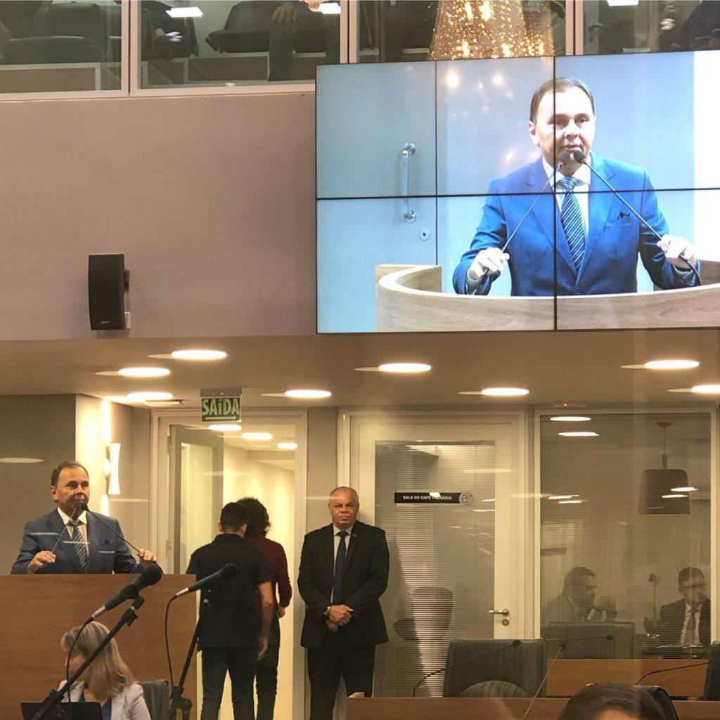 IMG 20190311 WA0149 1024x1024 - Entra em tramitação o projeto de lei que dispõe sobre a transmissão ao vivo dos processos licitatórios no Estado da Paraíba