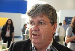 Governador inaugura obras no Sertão e autoriza adutora de Cajazeiras