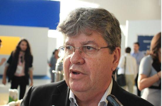 JOÃO AZEVEDO - Jaqueline Gusmão responderá pela Administração do estado; nomeação sai nesta terça - OUÇA