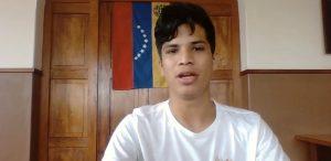 Juan Guaidó 300x146 - 'ESTAMOS UNIDOS CONTRA MADURO': após sofrer perseguição, venezuelano que mora em CG manifesta apoio a protestos convocados por Guaidó; VEJA VÍDEO