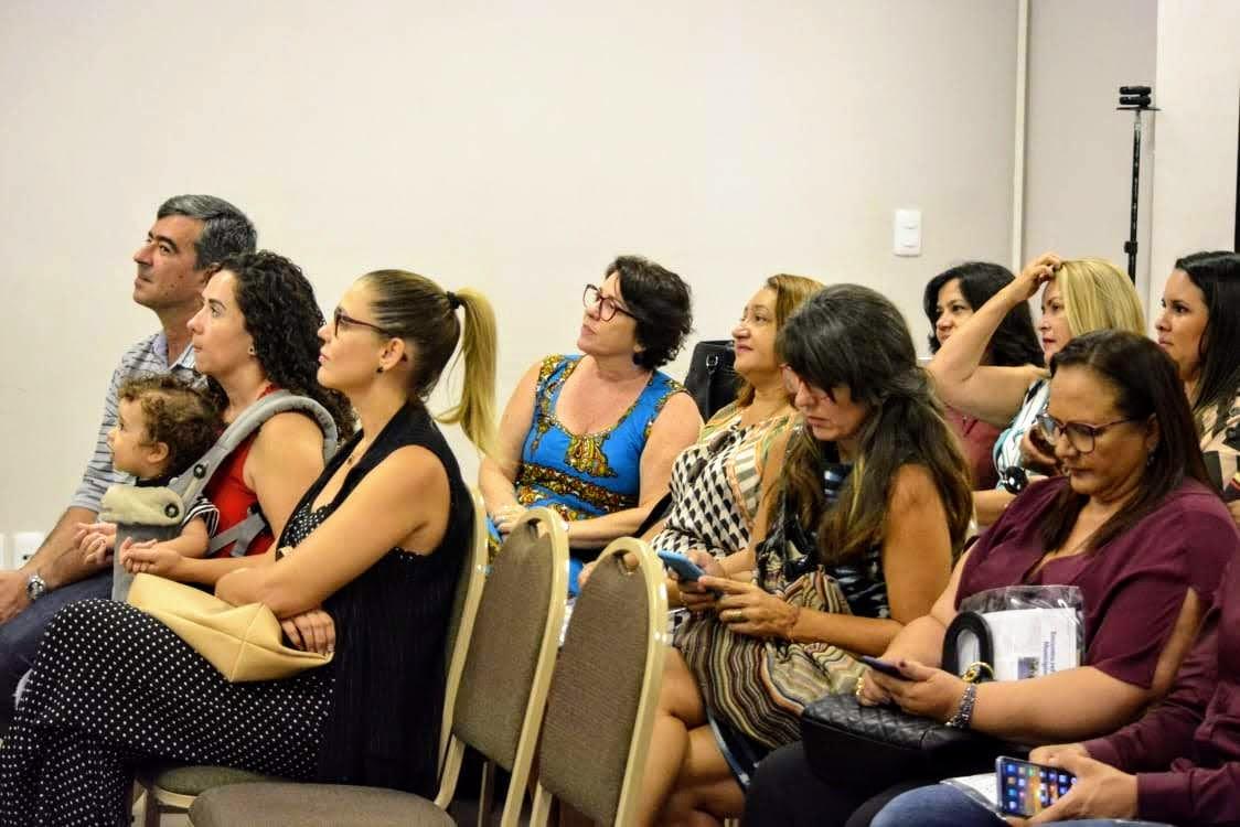 Lançamento Selo Prefeitura Parceira da Mulher - Prefeita Márcia Lucena participa de lançamento do selo 'Prefeitura Parceira da Mulher', criado pela Famup e Governo do Estado