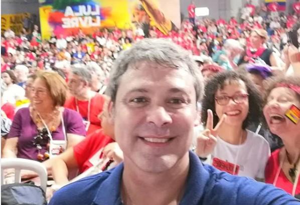 Lindbergh farias - Lindbergh Farias participa de lançamento da Campanha Nacional Lula Livre