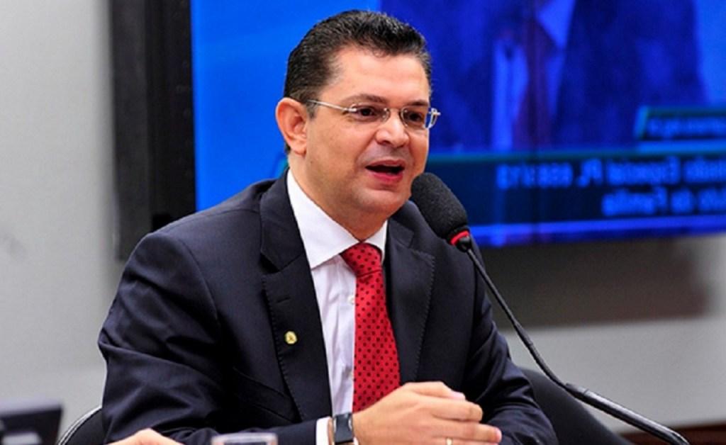 SOSTENES 1024x628 - Aliado de Malafaia, Sóstenes Cavalcante formaliza candidatura à presidência da bancada evangélica