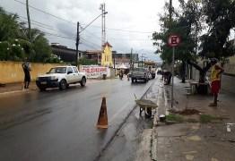 Avenida principal de Jacumã recebe sinalização de trânsito