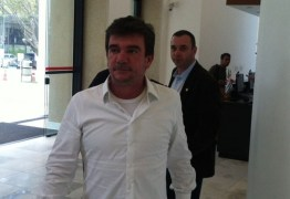 Presidente do Corinthians, Andrés Sanchez, é internado após mal-estar