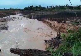 50 FAMÍLIAS ISOLADAS: Tromba d'água provoca rompimento de barragem em Rondônia