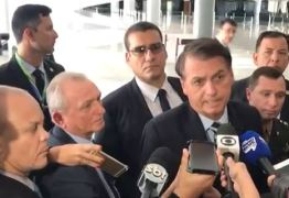 'TENHO FOTO COM MILHARES DE POLICIAIS': Bolsonaro diz que não conhece homem suspeito de matar Marielle