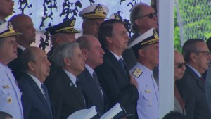 bolsonarorio 1 300x169 - Democracia e liberdade só existem quando as Forças Armadas querem, diz Bolsonaro a militares no RJ