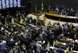 Em votação relâmpago, Câmara aprova PEC que tira poder do Executivo sobre Orçamento