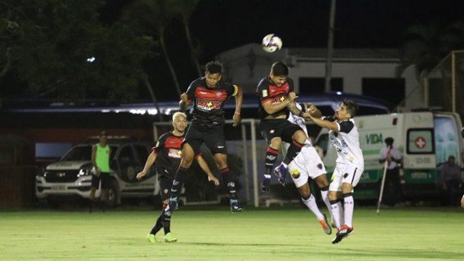 CAMPEONATO PARAIBANO: Botafogo-PB vence Campinense e assume liderança