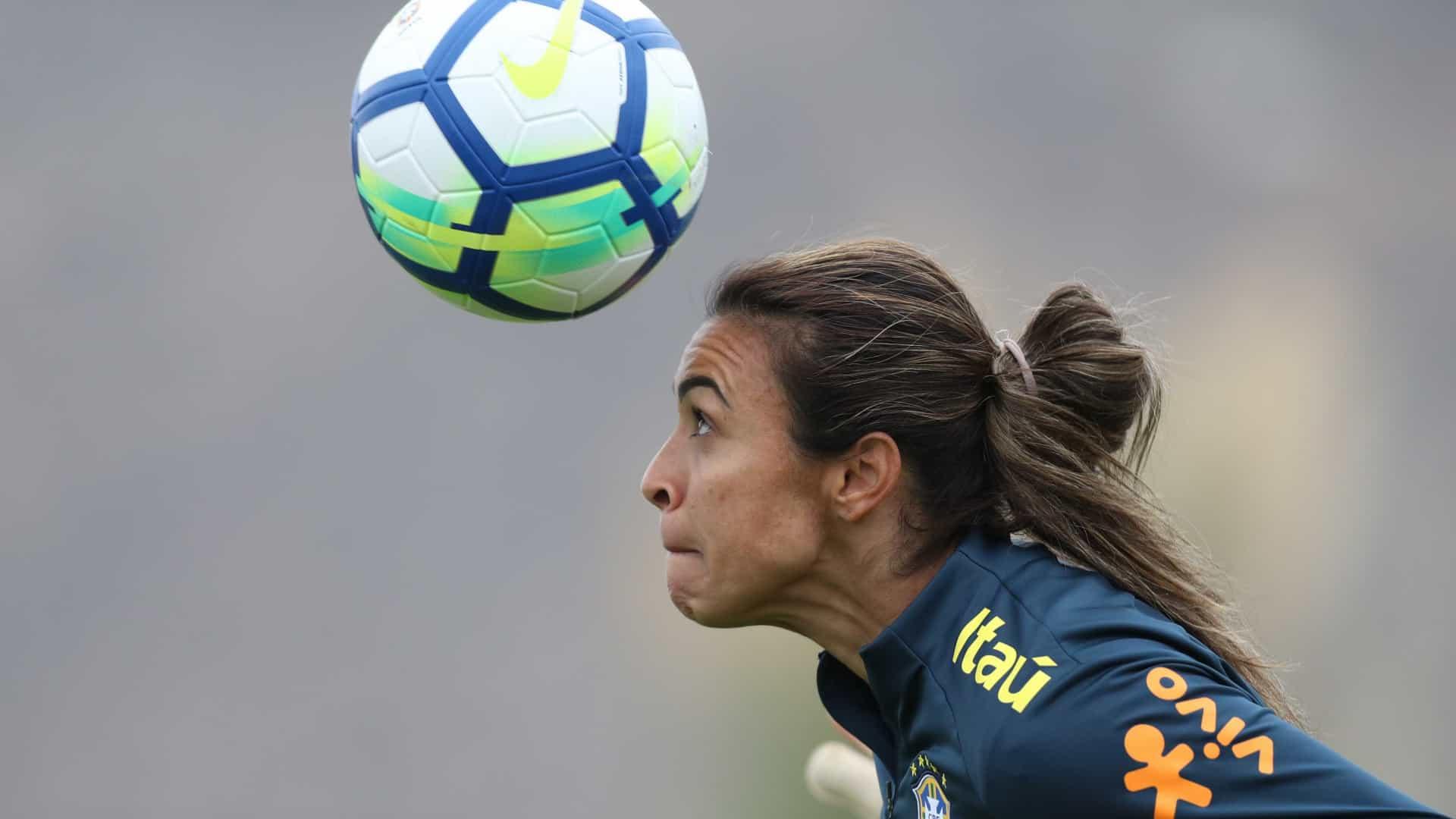 naom 5ba8f45e14bac 1 - Brasil quer sediar Copa do Mundo de futebol feminino em 2023