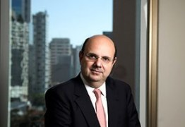 Ex-advogado de Maluf e Dirceu assume defesa de Roberto Santiago