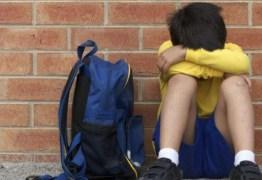 Casos de violência e abusos nas escolas, psicóloga alerta: 'Pais  acompanhem atentamente a vida dos seus filhos'